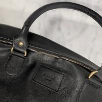 //ENVIE DE VOYAGE//  En attendant de pouvoir voyager, équipez-vous du sac en cuir Le Voyageur pour être prêts à sauter dans l'avion des que possible ✈️ - #sac #cuir #maroquinerie #bag #voyage #accessoire #mode #fashion